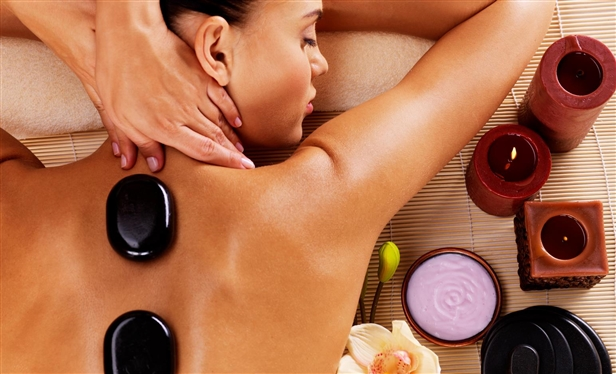Hot-stone massage - get rid of tension with warm stones